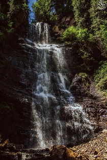 Lady's Plat waterfall at Djety-Oguz